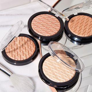 e.l.f. Cosmetics - Metallic Flare Highlighter (3 Types)
