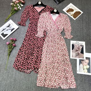 Queen's Den - High-Waist Short-Sleeve V-Neck Floral Dress