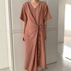 Mimi Lulu - Short-Sleeve V-Neck Tie-Accent  Dress