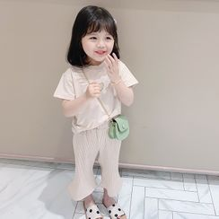 ChibiJia - Kids Set: Short-Sleeve T-Shirt + Crop Pants