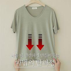 CLICK(クリック) - Basic V-Neck Silky T-Shirt