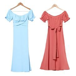 Femme Cradle - Short-Sleeve Cold Shoulder A-Line Dress
