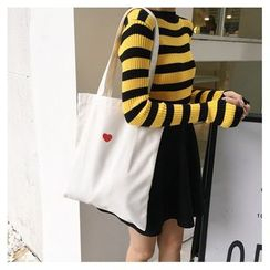 Eastin - Heart Embroidery Canvas Tote Bag