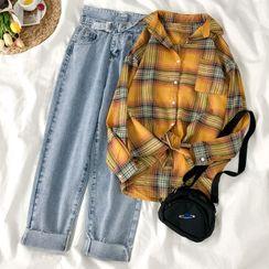 HXT - Plaid Shirt / Straight-Cut Jeans