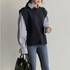 Roah  - PInstriped Lantern-Sleeve Blouse / Knit Vest / Set
