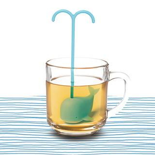 LIFE STORY - 'DREAMING WHALE' Tea Infuser