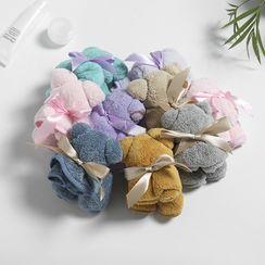 Soldana - Bear Coral Fleece Hand Towel