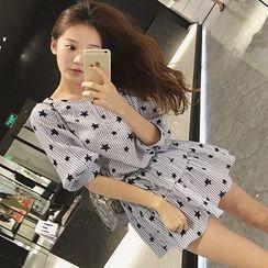 Bamela - 短袖星星印花条纹迷你A字连衣裙
