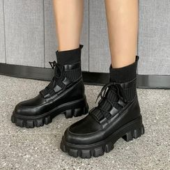 JY Shoes - Platform Lace-Up Short Boots