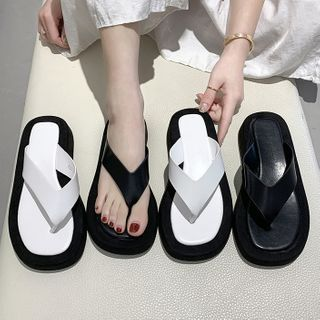 Deree - Paneled Flip-Flops
