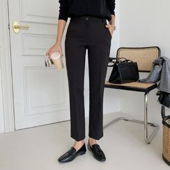 Envy Look - Flat-Front Dress Pants