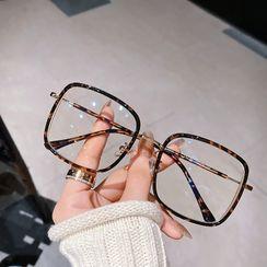 MOL Girl - Square Glasses