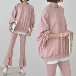 Seoul Fashion - Set: Plain Sweatshirt + Slit-Front Boot-Cut Pants