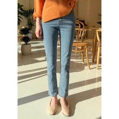 chuu - Washed Straight-Cut Jeans