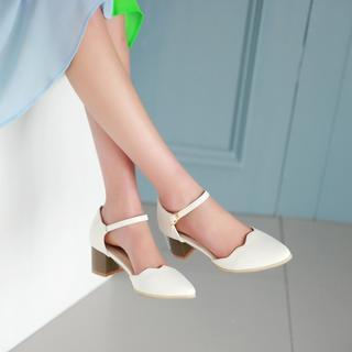 Pangmama - Ankle-Strap Pointy Pumps