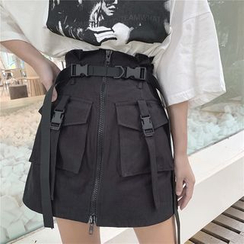 Fabricino - Buckled Strap Pockets Zip-Up A-Line Paperbag Cargo Mini Skirt