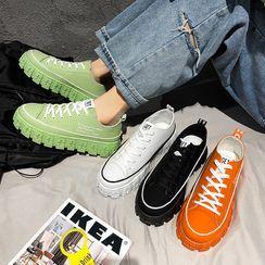 YERGO - 厚底帆布休閒鞋