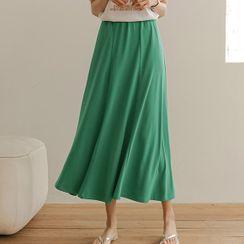 JUSTONE - Colored Long Paneled Skirt