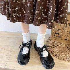 Moonwalk - Platform Lace-Up Mary Jane Shoes