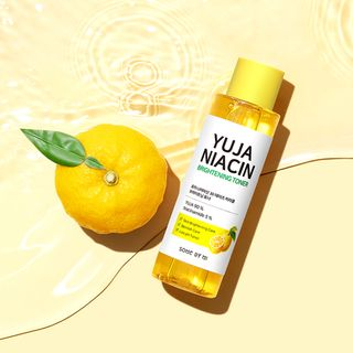 SOME BY MI - Yuja Niacin 30 Days Miracle Brightening Toner