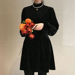 Dute - Mock-Turtleneck Balloon-Sleeve A-Line Dress