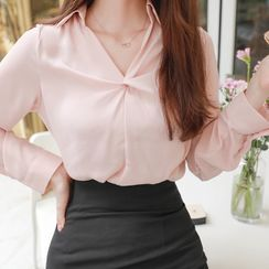 MyFiona - Open-Placket Knotted Blouse