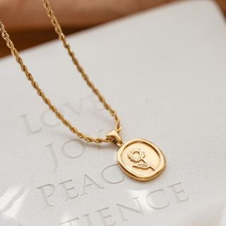 MOMENT OF LOVE - Flower Embossed Pendant Stainless Steel Necklace