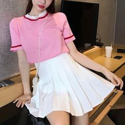 Robynn - Short-Sleeve Color-Panel T-Shirt / Mini A-Line Pleated Skirt