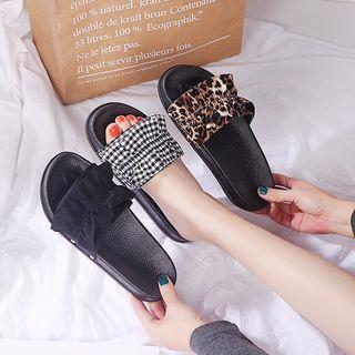 Mowin - Flat Slide Sandals