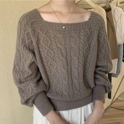 Oloq - Square-Neck Sweater