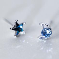 A'ROCH - 水钻不对称饰钉耳环