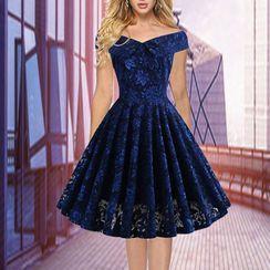 Glitz Army - Cap-Sleeve Midi A-Line Lace Dress