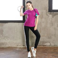 Zosia - 套装:短袖速干上衣 + 运动裤