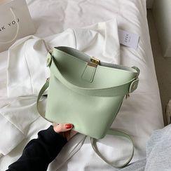 Shimme(シンメ) - Plain Crossbody Bucket Bag