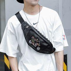 ETONWEAG - Embroidered Belt Bag