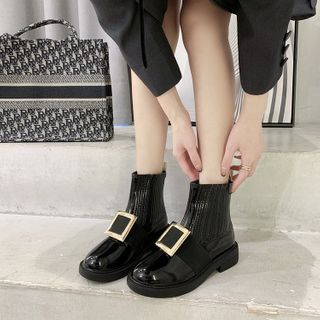 hunigala - Square Buckle Short Boots