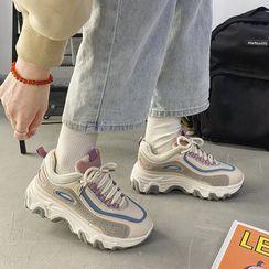 TINKI - Platform Lace Up Sneakers
