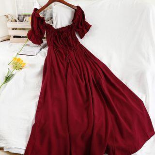 Miss Puff - Short-Sleeve Plain Midi Dress