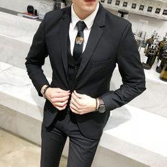 百高 - 套裝: 單排釦西裝外套 + 馬甲 + 修身褲