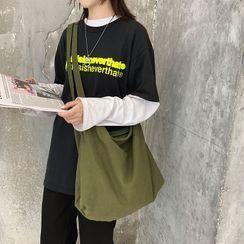 EAVALURE(イーヴァルア) - Canvas Crossbody Bag