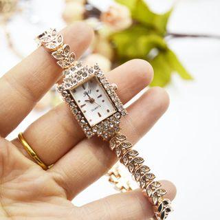 Tazzy - Rhinestone Rectangle Bracelet Watch