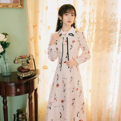 Pantho - Long-Sleeve Floral A-Line Dress