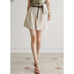 Styleonme - High-Waist A-Line Linen Shorts
