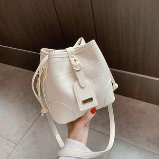 BAGUS - Crossbody Bucket Bag