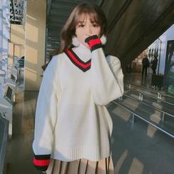 HotBlock - Contrast Trim V-Neck Long Sweater