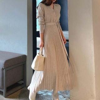 Aurora - 长袖针织A字连衣中裙