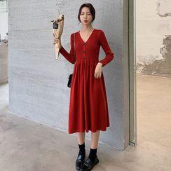 Yaonee - V-Neck Long-Sleeve Midi A-Line Dress