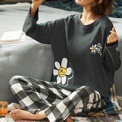 Jeony - Print Long Sleeve Pajama Set