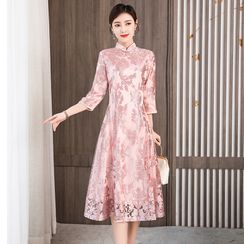 Heyto(ヘイトゥ) - 3/4-Sleeve Floral Embroidered Midi A-Line Qipao Dress