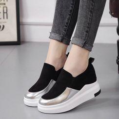 Vindler - 內增高輕便鞋